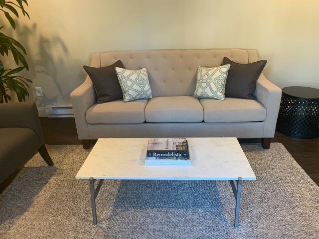 Surprising Coffee Table In Mentor Lake County Ohio Portage County Download Free Architecture Designs Viewormadebymaigaardcom